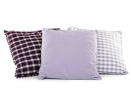 sofa accessoires g nstige kissen und decken f r ihr sofa. Black Bedroom Furniture Sets. Home Design Ideas