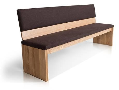 Sitzbänke und Hocker