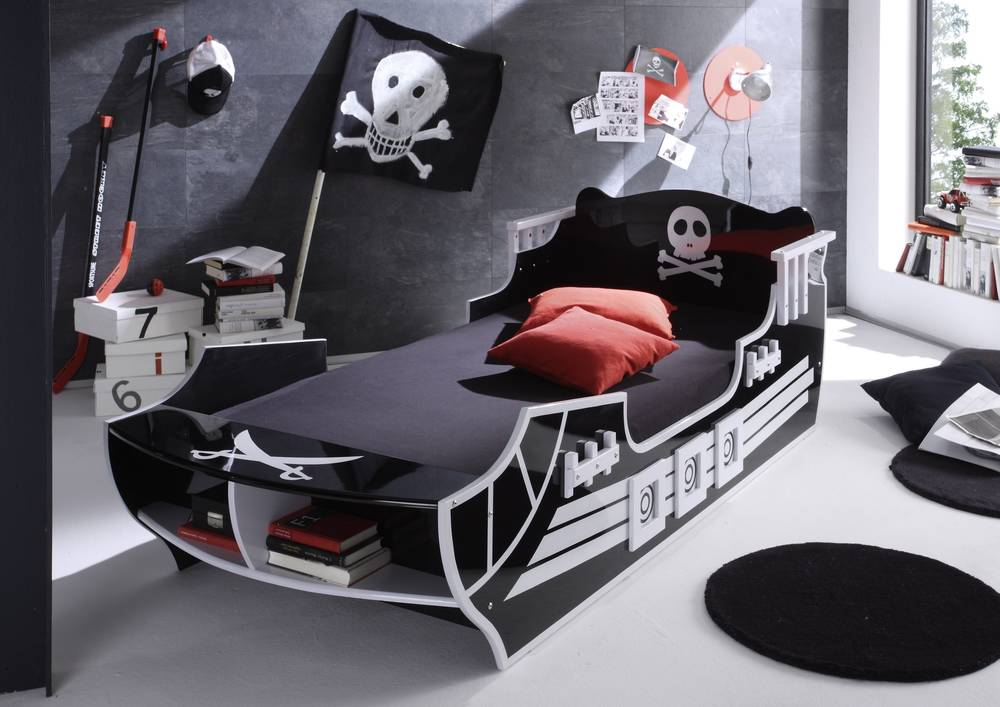 pirat kinderbett piratenbett bett schwarz wei piratenmotiv piratenschiff 90x200 ebay. Black Bedroom Furniture Sets. Home Design Ideas