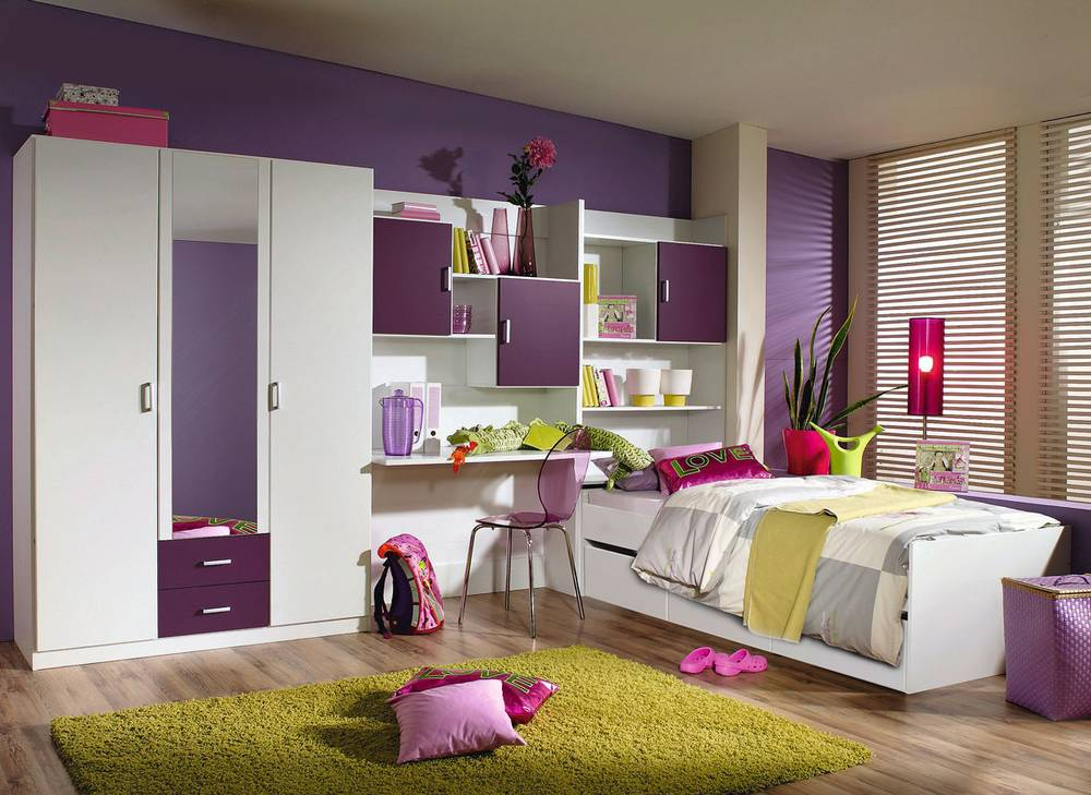 young jugendzimmer 4 teilig mit funktionsliege weiss brombeer. Black Bedroom Furniture Sets. Home Design Ideas