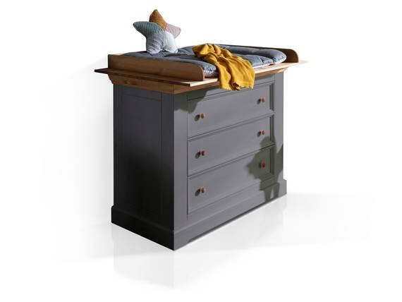 CARLY II Wickelkommode, Material Massivholz, Kiefer grau/eichefarbig  DETAIL_IMAGE