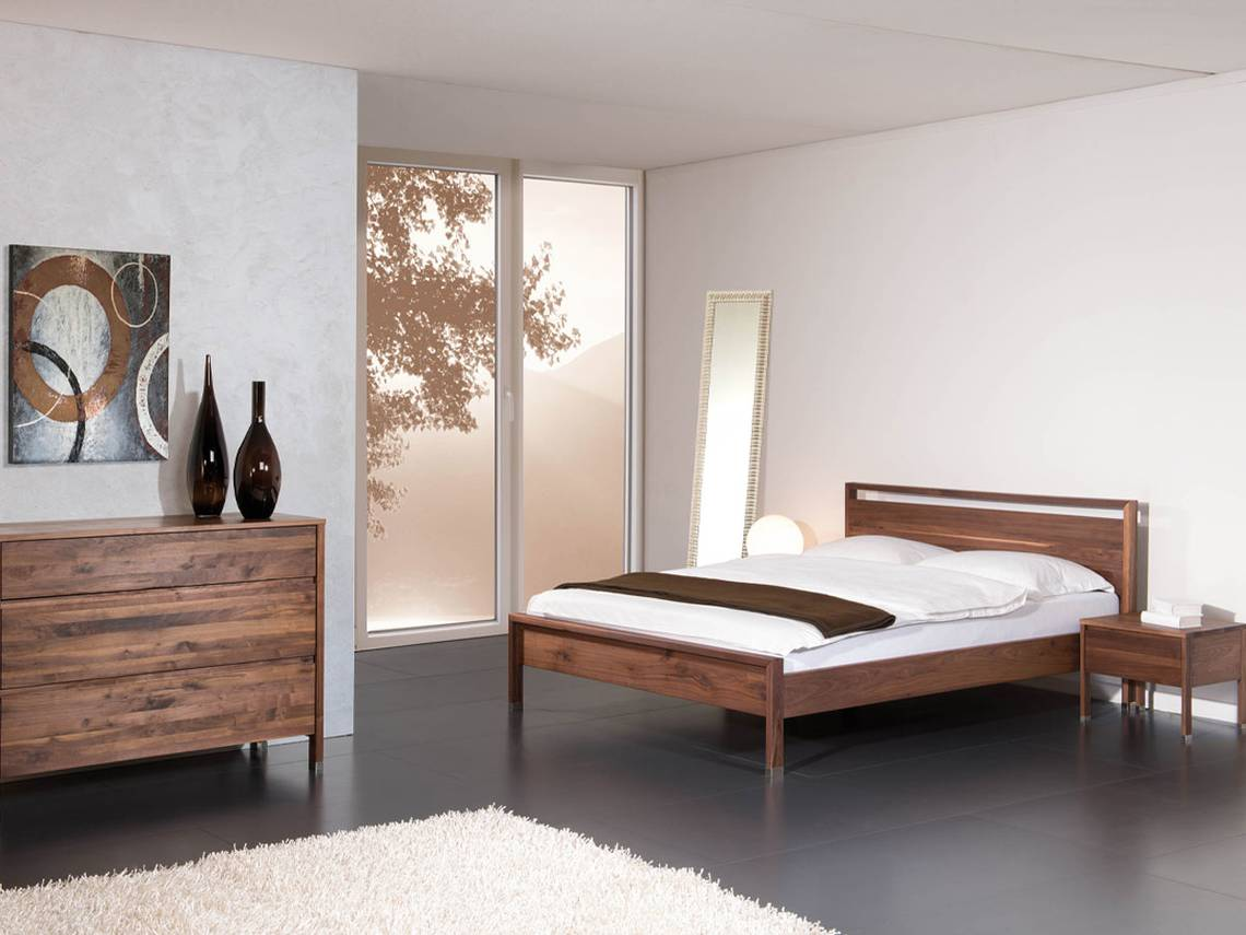 schlafzimmer kommode nussbaum raum und m beldesign inspiration. Black Bedroom Furniture Sets. Home Design Ideas