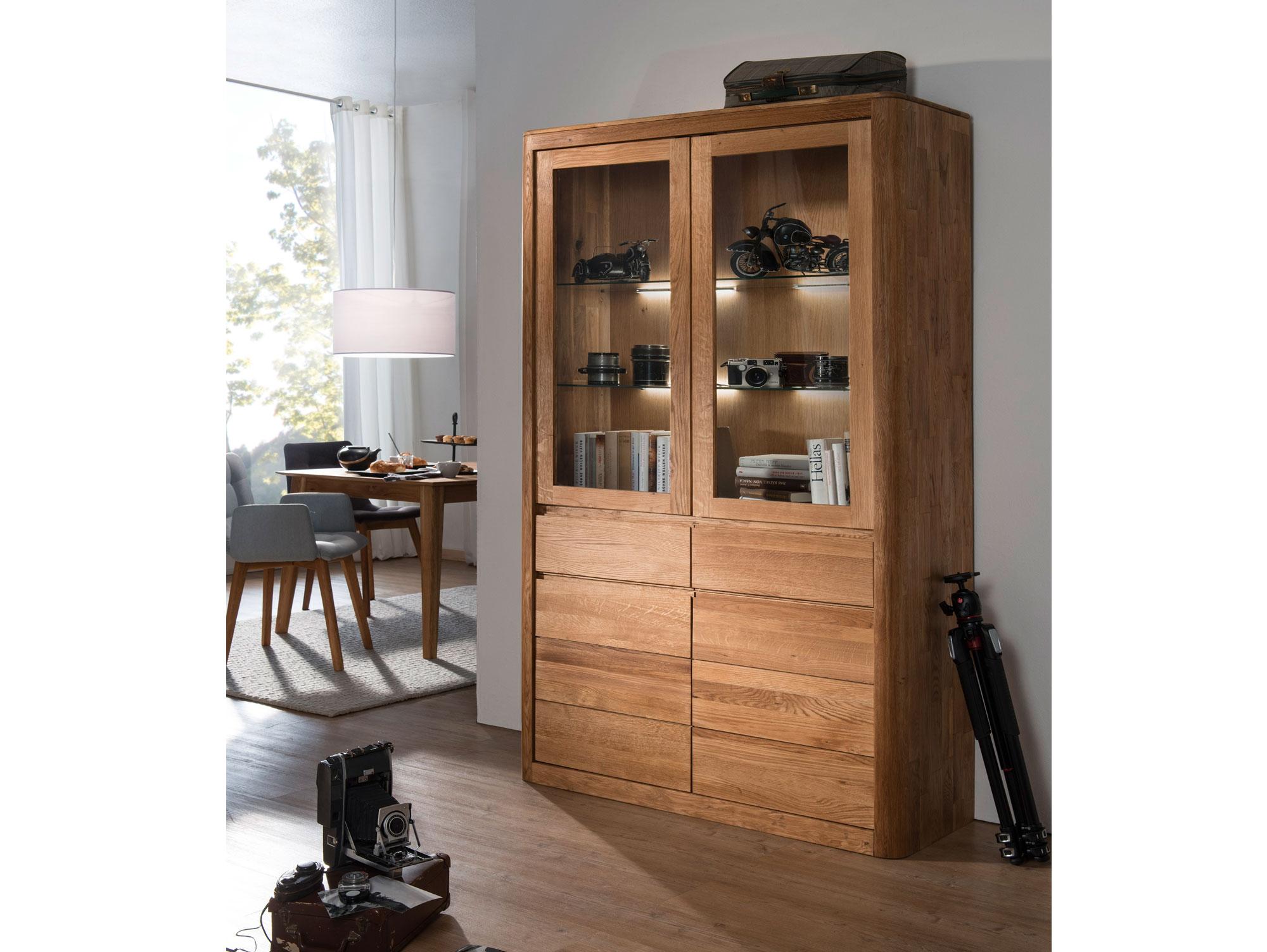 astoria vitrine gro wildeiche massiv ge lt. Black Bedroom Furniture Sets. Home Design Ideas