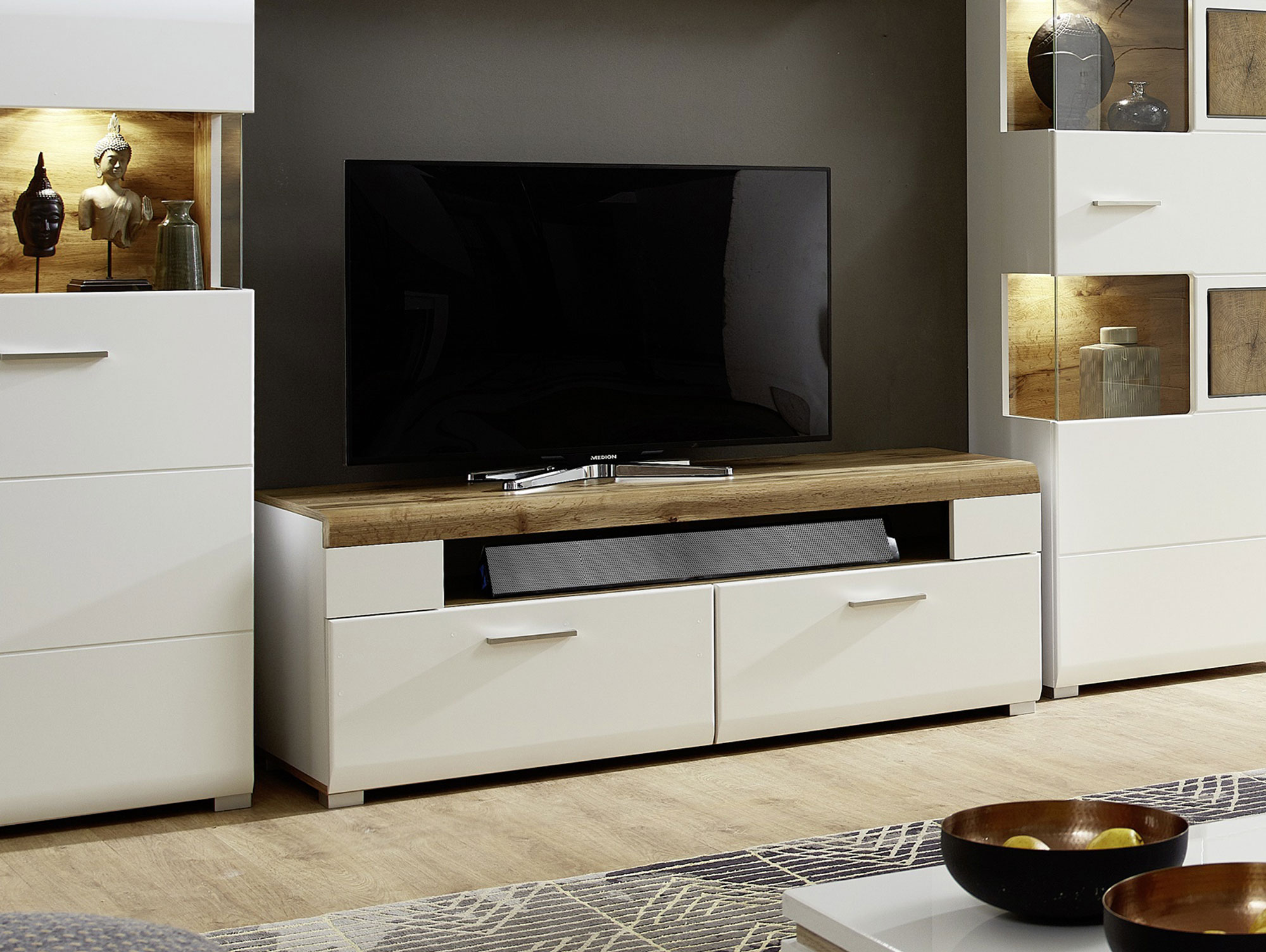 felipa tv unterteil wei eiche hirnholz. Black Bedroom Furniture Sets. Home Design Ideas