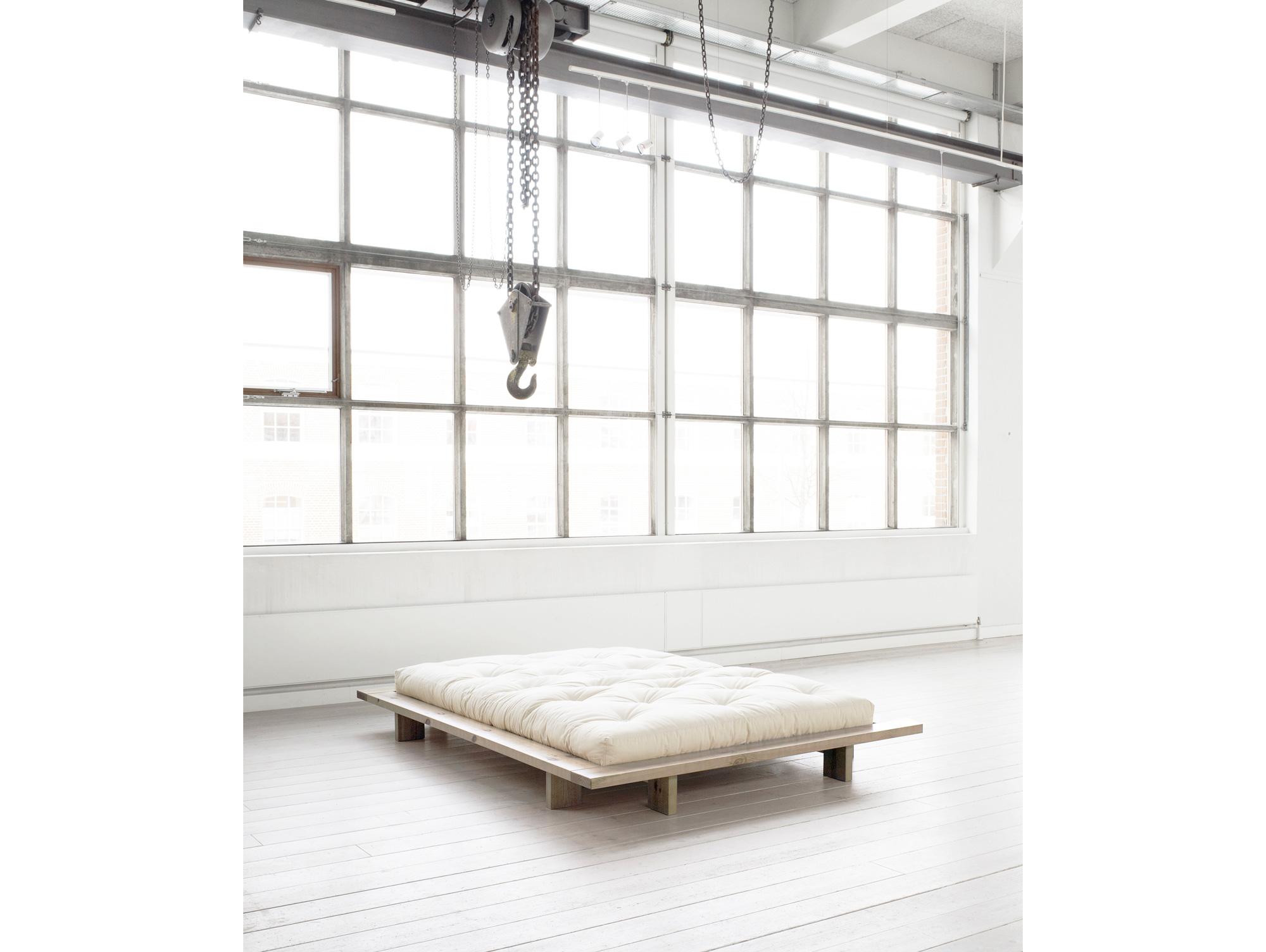 jani bett kiefer massiv 140 x 200 cm natur. Black Bedroom Furniture Sets. Home Design Ideas