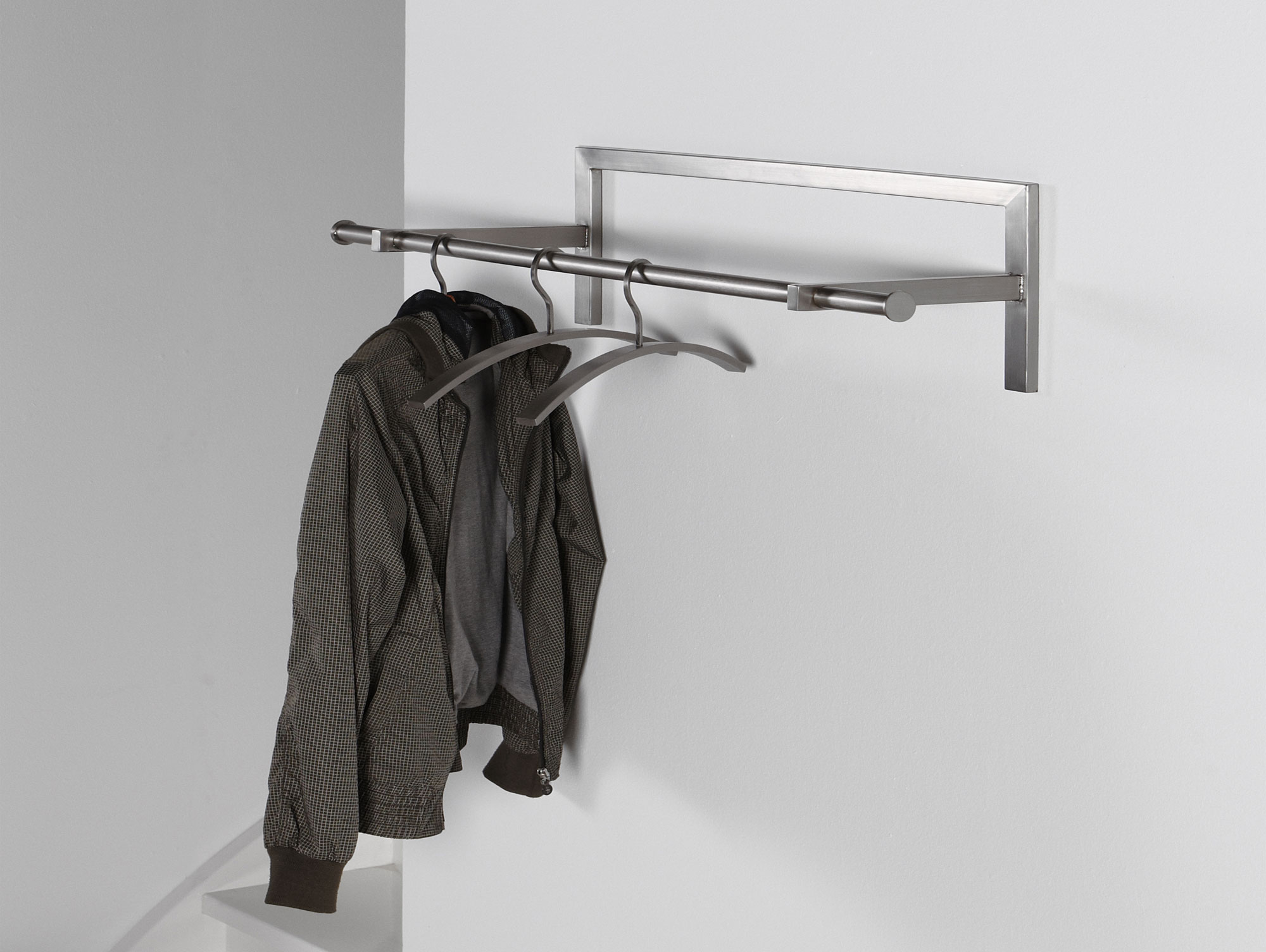 nils wandgarderobe edelstahl geb rstet. Black Bedroom Furniture Sets. Home Design Ideas