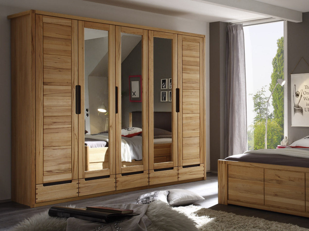 charles kleiderschrank 5trg kernbuche teilmassiv. Black Bedroom Furniture Sets. Home Design Ideas
