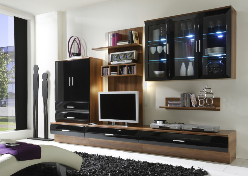 wohnzimmer nussbaum schwarz raum und m beldesign inspiration. Black Bedroom Furniture Sets. Home Design Ideas