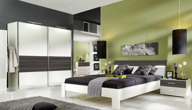 schlafzimmer komplett mit lattenrost und matratze bild. homeline1, Schlafzimmer ideen