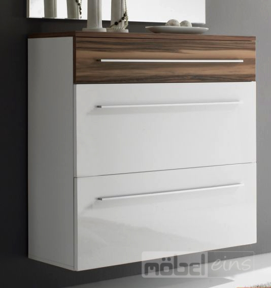 Moderne garderobe h ngend die neuesten for Holzvertafelung streichen