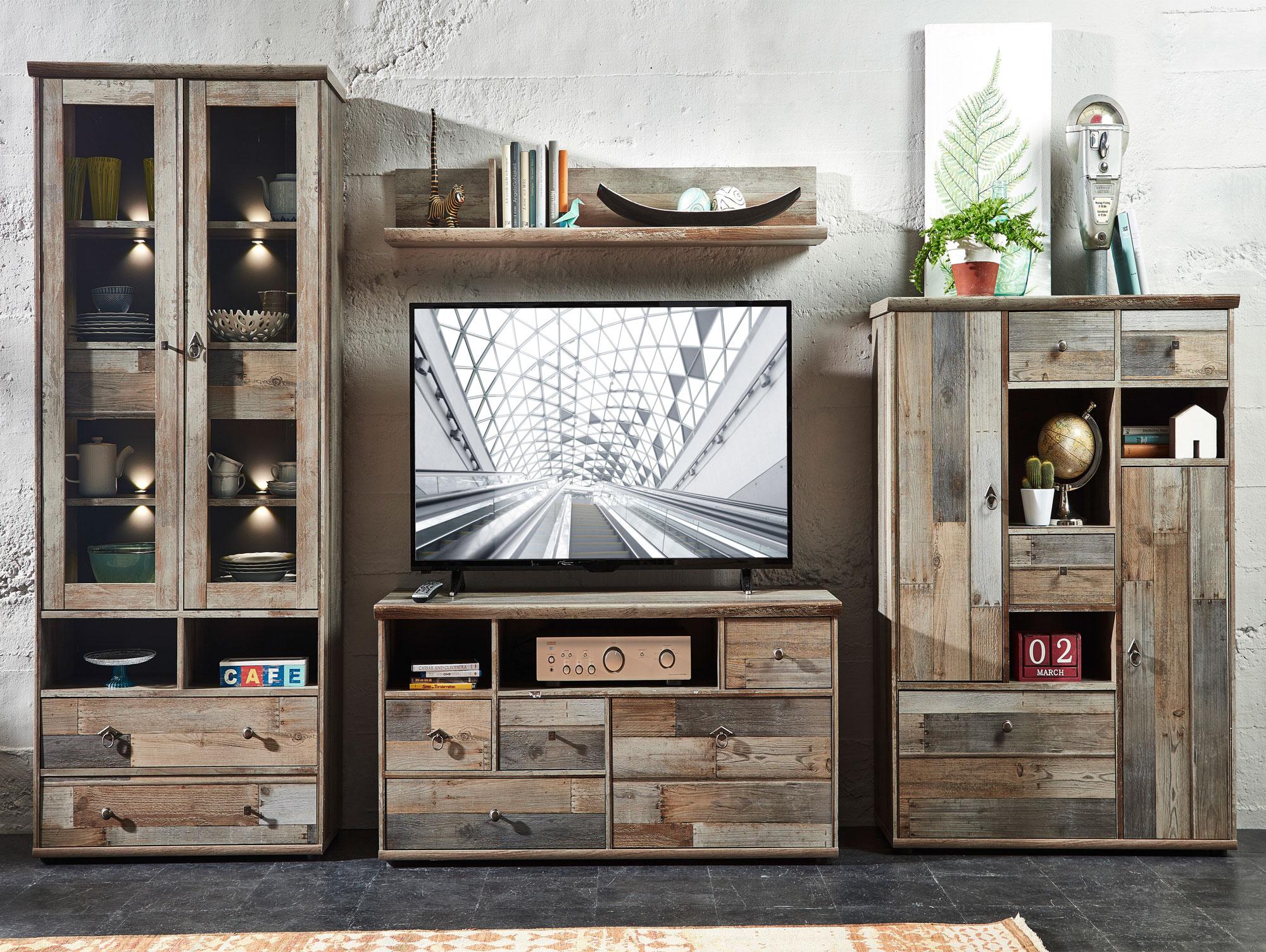bali vitrine driftwood. Black Bedroom Furniture Sets. Home Design Ideas