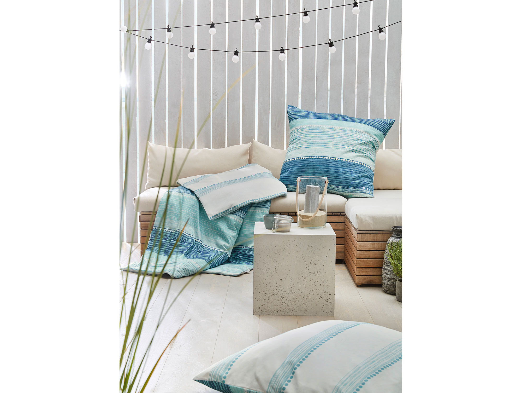 mako satin bettw sche delft 135x200 80x80 cm. Black Bedroom Furniture Sets. Home Design Ideas