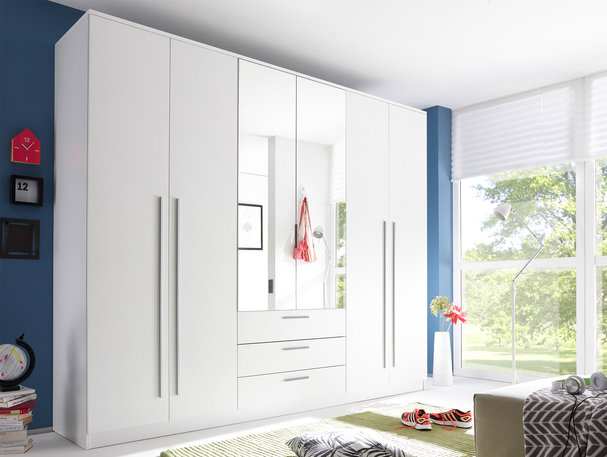 naomi kleiderschrank 6trg wei mit spiegel. Black Bedroom Furniture Sets. Home Design Ideas