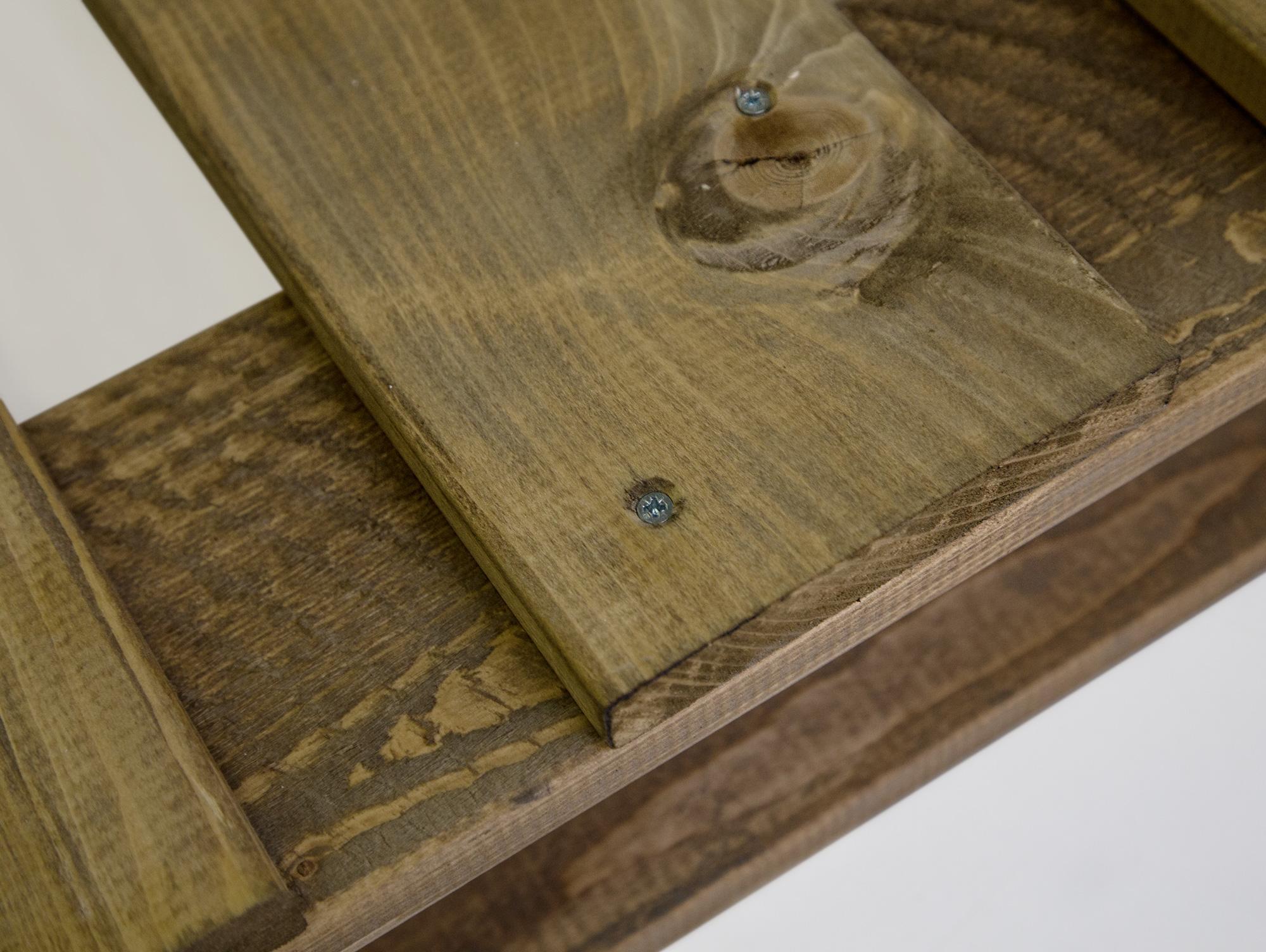 Holzbett rustikal hoch  Gemütliches Schlafzimmer