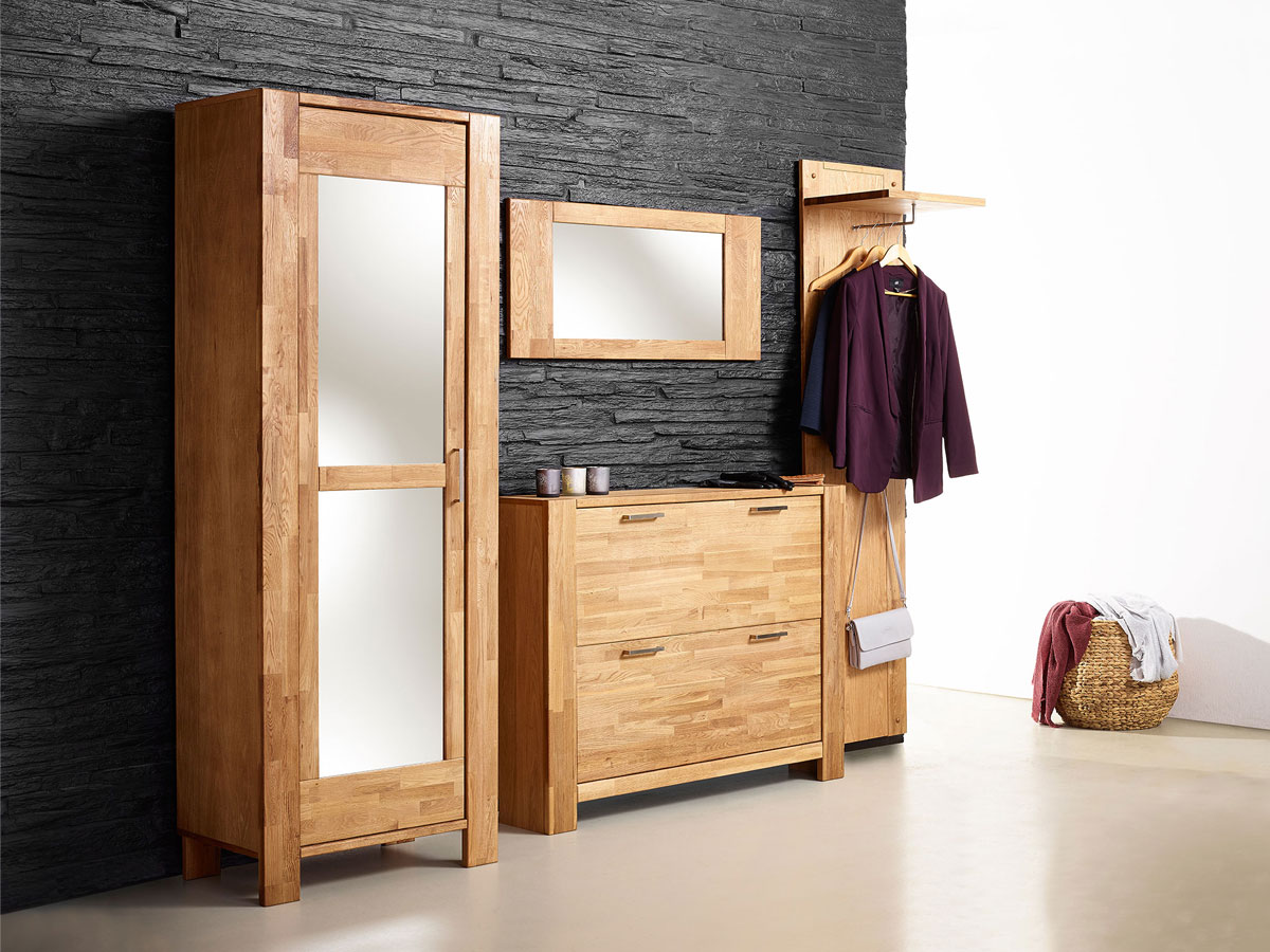 rusty schuhschrank mit 2 klappen eiche ge lt. Black Bedroom Furniture Sets. Home Design Ideas