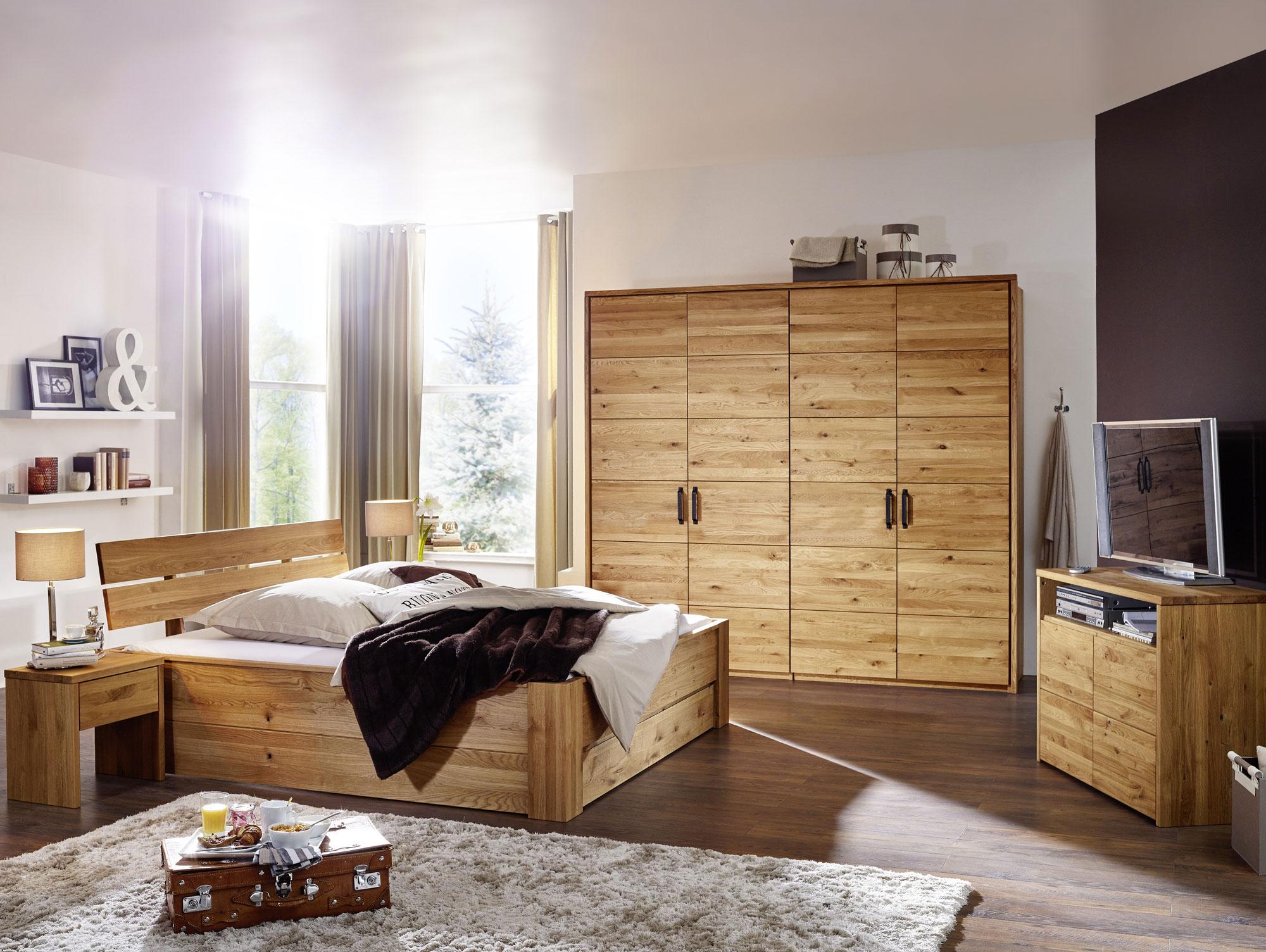 SALVADOR Massivholz Kleiderschrank Wildeiche geölt 180 cm 3-türig
